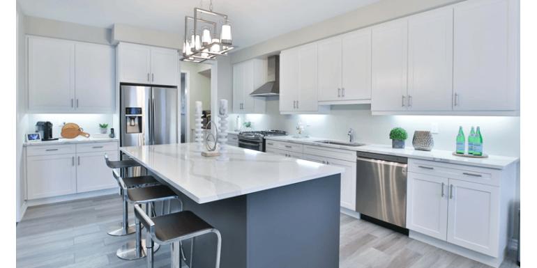 Białe meble kuchenne – wady i zalety takiego rozwiązania
